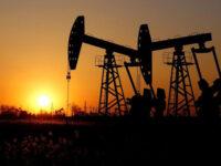 Πέφτει κι άλλο η τιμή του πετρελαίου μετά τα νέα ρεκόρ κρουσμάτων κορονοϊού