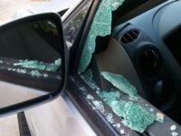Έσπαγαν αυτοκίνητα λουόμενων σε παραλίες της Αιτωλοακαρνανίας