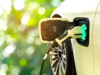 Ηλεκτροκίνηση: Κατατέθηκε το νομοσχέδιο – Τα οφέλη της αγοράς ηλεκτρικού οχήματος