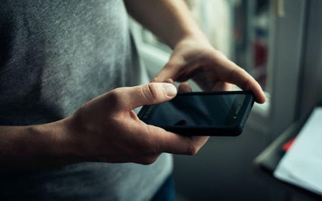Σύλληψη ανηλίκων για κλοπή κινητού στην Άρτα