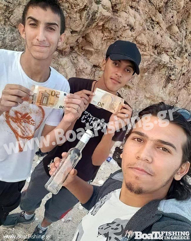 Σύμη: Το μπουκάλι που έφτασε στη Λιβύη έκρυβε αυτές τις εικόνες! Τα έχασαν οι ψαράδες