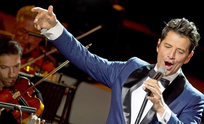 Σάκης Ρουβάς – Σόνια Θεοδωρίδου Καταχειροκροτήθηκαν το Σάββατο, στο Ηρώδειο, στην πιο ξεχωριστή συναυλία της χρονιάς!