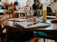 """ΣΚΕΑΝΑ – Κινητοποίηση επαγγελματιών της εστίασης  – """"Η υπομονή τελείωσε"""""""
