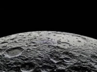 Σπουδαία ανακάλυψη από τη NASA: Ανίχνευσε νερό στη Σελήνη – Τι αλλάζει για τις αποστολές στο φεγγάρι