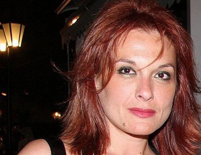 Πέθανε μόλις στα 51 της η δημοσιογράφος Άντζελα Πεΐτση
