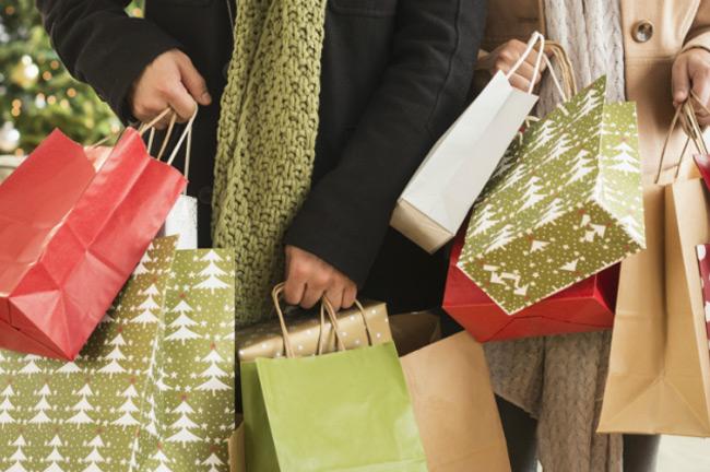 Με sms στο 13033, θα γίνει η έξοδος των πολιτών για τις αγορές των Χριστουγέννων.