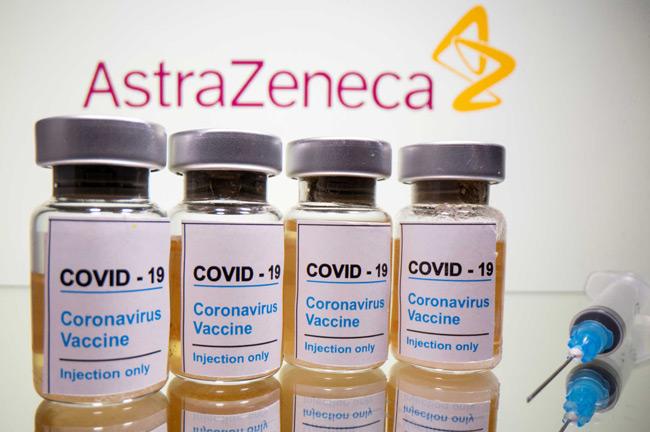 Ελπιδοφόρα νέα και από το εμβόλιο της AstraZeneca: Προσφέρει σημαντική ανοσία σε ηλικιωμένους
