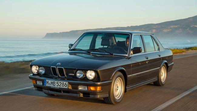 BMW M5 E28 1985-1987: O ορισμός της σπορ μπερλίνας