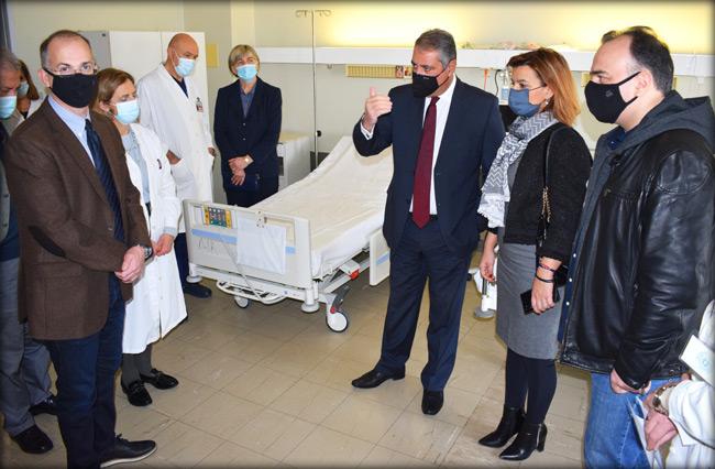 Επίσκεψη Γ. Καρβέλη στο Πανεπιστημιακό Γενικό Νοσοκομείο Ιωαννίνων