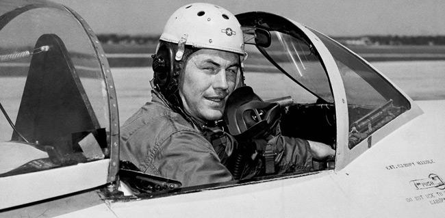Τσακ Γέγκερ: Πέθανε ο αεροπόρος που έσπασε πρώτος το φράγμα της ταχύτητας του ήχου