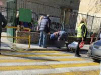 Αγρίνιο: Απεβίωσε η γυναίκα που κατέρρευσε έξω από το 3ο Δημοτικό