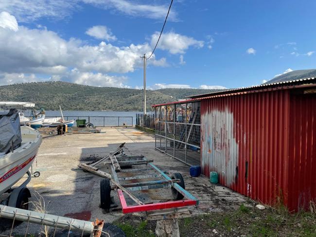 Ευχαριστήριο επαγγελματιών Αλιέων Αμφιλοχίας για την κατασκευή στεγάστρου