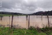 Προβλήματα από την βροχόπτωση – Πλημμύρισαν υπόγεια και λεβητοστάσιο – Πτώσεις βράχων στο Μακρυνόρος