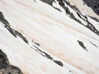 Συναγερμός στον Όλυμπο: Αγνοούνται δύο ορειβάτες – Παρασύρθηκαν από χιονοστιβάδα