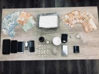 ΒΙΝΤΕΟ – Εξαρθρώθηκε οργάνωση που διακινούσε κοκαΐνη – Συνελήφθησαν τέσσερα μέλη, μεταξύ των οποίων και ο αρχηγός της