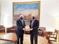 Συνάντηση του Δημάρχου Ι.Π. Μεσολογγίου Κώστα Λύρου με τον Πρόεδρο της Βουλής Κωνσταντίνο Τασούλα