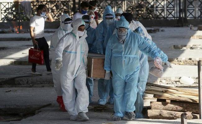 Κορονοϊός: Γιατί ο πλανήτης βρίσκεται μεσούσης της χειρότερης φάσης της πανδημίας