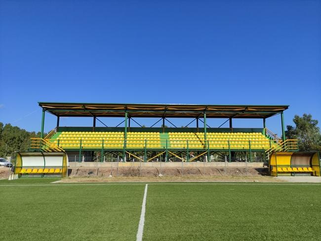 Ολοκληρώθηκαν οι πρώτες εργασίες στο Γήπεδο Ποδοσφαίρου της Παλαίρου. Μεταμορφώθηκε η εξέδρα