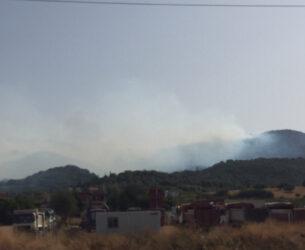 Πύρινη λαίλαπα – Κοντά στο Δρυμό η φωτιά live εικόνα