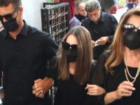 Τόλης Βοσκόπουλος: Συγγενείς, φίλοι και θαυμαστές αποχαιρετούν τον μεγάλο καλλιτέχνη