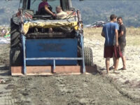 Σε λειτουργία ξανά μηχάνημα καθαρισμού ακτών στο Δήμο Αμφιλοχίας