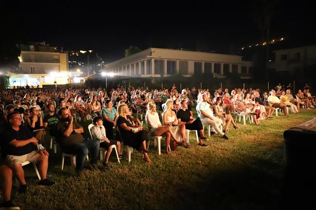 Νίκος Κοροβέσης: «Με ποιοτικές πολιτιστικές δράσεις, στεκόμαστε στο πλευρό των συμπολιτών, των επαγγελματιών και των καλλιτεχνών μας»
