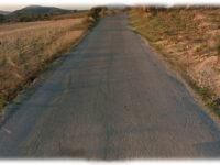 Για την τραγική κατάσταση που βρίσκεται το επαρχιακό οδικό δίκτυο των Τοπικών Κοινοτήτων Θυρίου και Μοναστηρακίου του Δήμου Ακτίου-Βόνιτσας στην ΠΕ Αιτωλοακαρνανίας