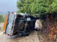Ναύπακτος: Στο νοσοκομείο μετά από ανατροπή του αυτοκινήτου του